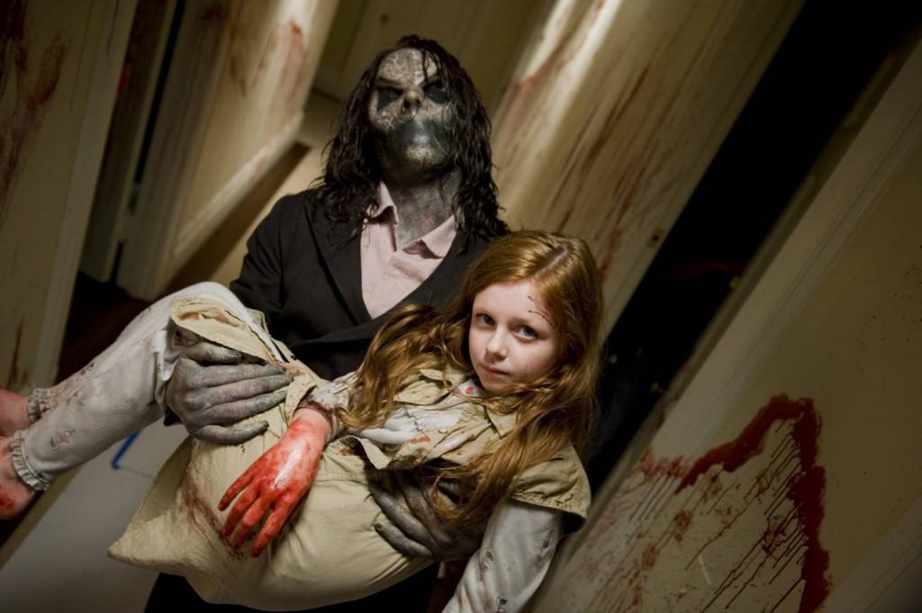 Film sinister je dobrým mysteriózním horrorem a thrillerem