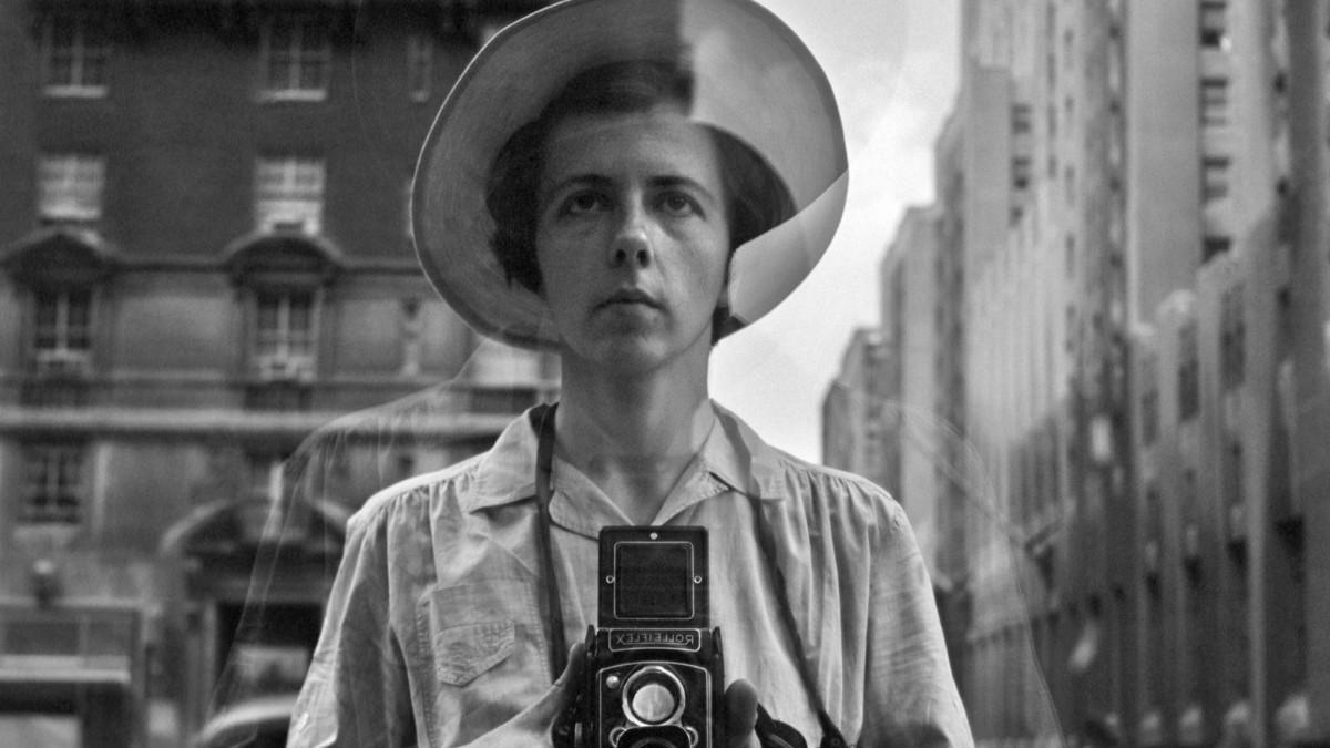 Hledání Vivian Maier je životopisný dokumentární film o životě slavné fotografky